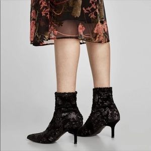 NWT Zara sequin ankle booties. Size 37